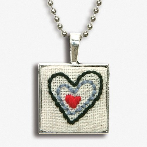 D72-74075 - Dimensions Embroidery - Heart Bezel Pendant