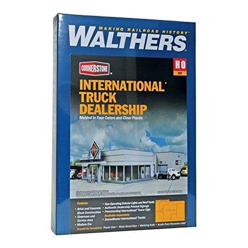 """Walthers, Inc. International Truck Dealership Kit, 8-7/8 X 12-1/4 X 3-7/8"""" 22 X 31.1 X 9.3cm"""