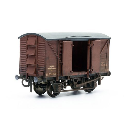 10 Ton Ventilated Meat Van - Dapol Kitmaster C041 - OO plastic Wagon model kit